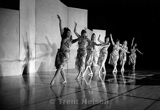 &quot;Tiny Bubbles&quot; at DVC dance show.<br />