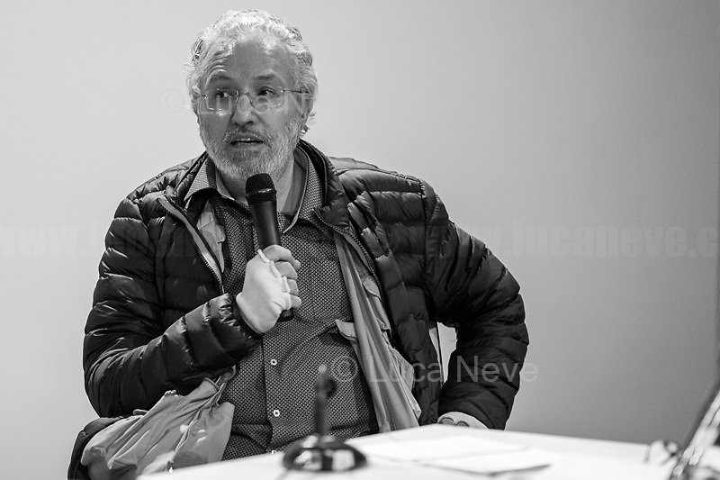 """Giorgio Bongiovanni.<br /> <br /> Rome, 08/02/19. Moby Dick Library in Garbatella & Antimafia Duemila(2.) held the presentation of the book """"Il Patto Sporco"""" (The Dirty Pact. The Trial State-mafia in the Story [narrated] by his Protagonist, Chiarelettere,1.) hosted by the author of the book Saverio Lodato (Journalist & Author), Antonino 'Nino' Di Matteo (Protagonist of the book, Antimafia Magistrate of Palermo, member of the DNA - Antimafia & Antiterrorism National Directorate - who """"prosecuted the Italian State for conspiring with the Mafia in acts of murder & terror"""",3.4.5.6.) & Giorgio Bongiovanni (Editor of Antimafia Duemila). Chair of the event was Silvia Resta (Journalist & Author). Readers were: Bianca Nappi & Carlotta Natoli (both Actresses). From the back cover of the book: """"Let us ask ourselves why politics, institutions, culture, have needed the words of judges to finally begin to understand…A handful of magistrates and investigators have shown not to be afraid to prosecute the [Italian] State. Now others must do their part too"""" (Nino Di Matteo). """"In the pages of this book I wanted the magistrate, the man, the protagonist and the witness to speak about a trial destined to leave its mark"""" (Saverio Lodato). From the book online page: """"The attacks to Lima [politician], Falcone & Borsellino [Judges], the bombs in Milan, Florence, Rome, the murders of valiant police commissioners & officers of the carabinieri. The [Ita] State on its knees, its best men sacrificed. However, while the blood of the massacres was still running there were those who, precisely in the name of the State, dialogued and interacted with the enemy. The sentence of condemnation of Palermo [""""mafia-State negotiation"""" trial which is told in the book], against the opinion of many 'deniers', proved that the negotiation not only was there but did not avoid more blood. On the contrary, it provoked it""""(1.).<br /> Footnotes & links provided at 2nd & last page."""