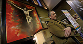 Launch of LentFest - the Archdiocese of Glasgow Arts Project - at the University of Glasgow Memorial Chapel - artist Peter Howson under his work Crucifixion – picture by Donald MacLeod 21.2.12 www.donald-macleod.com clanmacleod@btinternet.com