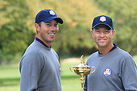 Matt Kuchar with Captain Davis Love III at the USA Team photo shoot during Monday's Practice Day of the 39th Ryder Cup at Medinah Country Club, Chicago, Illinois 25th September 2012 (Photo Eoin Clarke/www.golffile.ie)