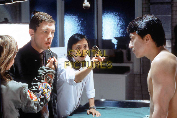 LEE EVANS, JACKIE CHAN & GORDON CHAN.in The Medallion.Filmstill - Editorial Use Only.Ref: FB.sales@capitalpictures.com.www.capitalpictures.com.Supplied by Capital Pictures.