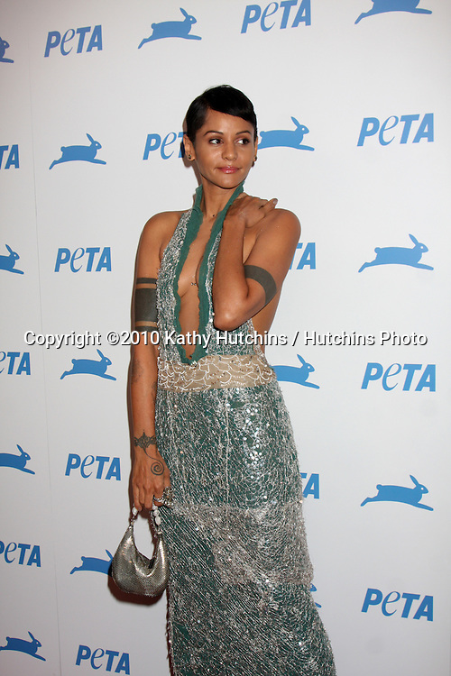 LOS ANGELES - SEP 25:  Persia White arrives at the PETA 30th Anniversary Gala at Hollywood Palladium on September 25, 2010 in Los Angeles, CA