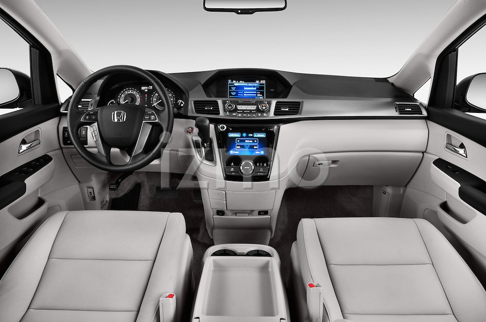 Straight dashboard view of a 2014 Honda Odyssey EX-L