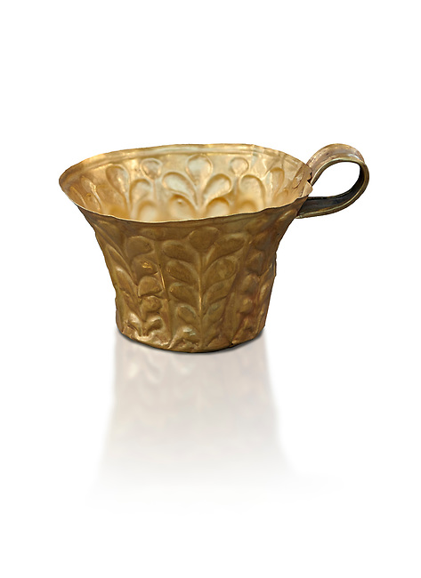 Mycenaean gold cup with horizontal grooves found buried in Grave IV Mycenae, Greece. National Archaeological Museum of Athens.