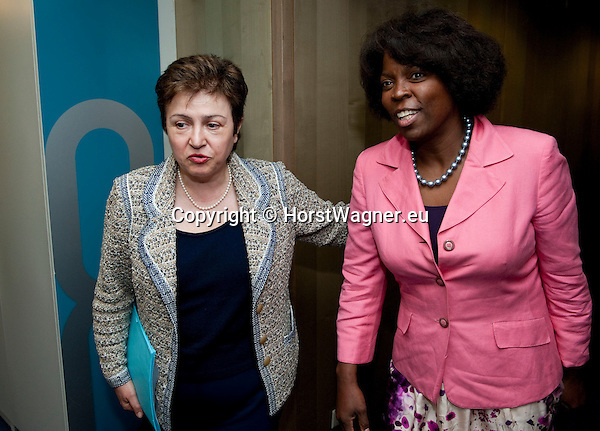 Brussels-Belgium, May 11, 2012 -- Kristalina GEORGIEVA (le), European Commissioner in charge of International Cooperation, Humanitarian Aid and Crisis Response, receives Ertharin COUSIN (ri), Executive Director of the United Nations World Food Programme (WFP - PAM) -- Photo: © HorstWagner.eu