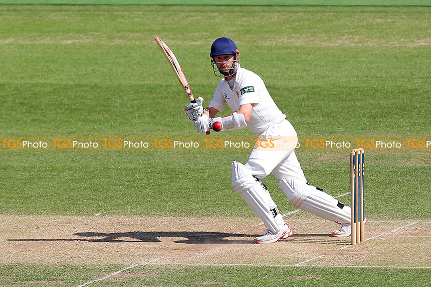 James Foster in batting action for Essex - Hampshire CCC vs Essex CCC - LV County Championship Division Two Cricket at the Ageas Bowl, West End, Southampton - 17/06/14 - MANDATORY CREDIT: Gavin Ellis/TGSPHOTO - Self billing applies where appropriate - 0845 094 6026 - contact@tgsphoto.co.uk - NO UNPAID USE