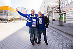 Stockholm 2015-03-14 Bandy Bronsmatch Hammarby IF - Villa Lidk&ouml;ping BK :  <br /> Glada Villasupportrar p&aring; Globenomr&aring;det inf&ouml;r matchen mellan Hammarby IF och Villa Lidk&ouml;ping BK <br /> (Foto: Kenta J&ouml;nsson) Nyckelord:  Tele2 Arena SM Brons Bronsmatch Tredjepris herr herrar Hammarby HIF Bajen Villa Lidk&ouml;ping VLBK supporter fans publik supporters