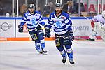 Jerry DAmigo (Nr.9 - ERC Ingolstadt) und Sean Sullivan (Nr.37 - ERC Ingolstadt) während dem WarmUp beim Spiel in der DEL, ERC Ingolstadt (dunkel) - Duesseldorfer EG (hell).<br /> <br /> Foto © PIX-Sportfotos *** Foto ist honorarpflichtig! *** Auf Anfrage in hoeherer Qualitaet/Aufloesung. Belegexemplar erbeten. Veroeffentlichung ausschliesslich fuer journalistisch-publizistische Zwecke. For editorial use only.