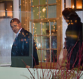 US President Barack Obama and his wife Michelle leave Table 52 restaurant in Chicago, IL after a Valentine's Day dinner.Chicago, IL - February 15, 2009 -- United States President Barack Obama and his wife Michelle leave Table 52 restaurant in Chicago, Illinois after a Valentine's Day dinner, Saturday, February 14, 2009..Credit: Ralf-Finn Hestoft - Pool via CNP