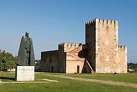 Dominikanische Republik, Torre del Homenaje und Denkmal G.F. Oviedo in der Festung Fortaleza Ozama i nSanto Domingo
