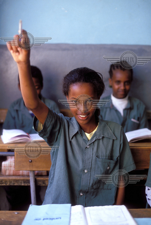 © Giacomo Pirozzi / Panos Pictures..ERITREA..Teenage girls at secondary school.