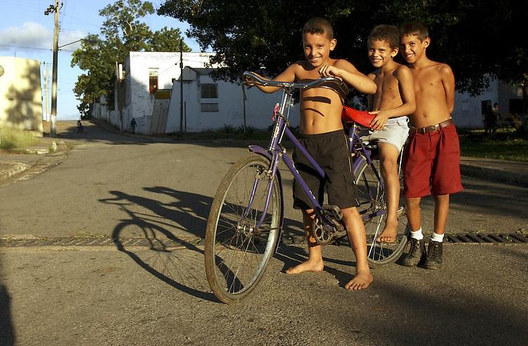 Children, San Diego de los Baños