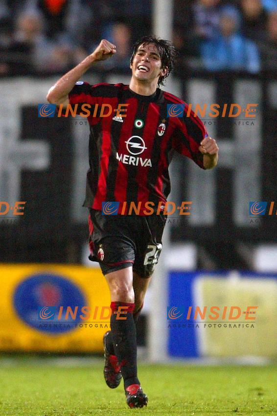 Siena 17/4/2004 Campionato Italiano Serie A <br /> 30a Giornata - Matchday 30 <br /> SIENA MILAN <br /> ESULTANZA AL GOL DI KAKA<br />  Foto Andrea Staccioli Insidefoto