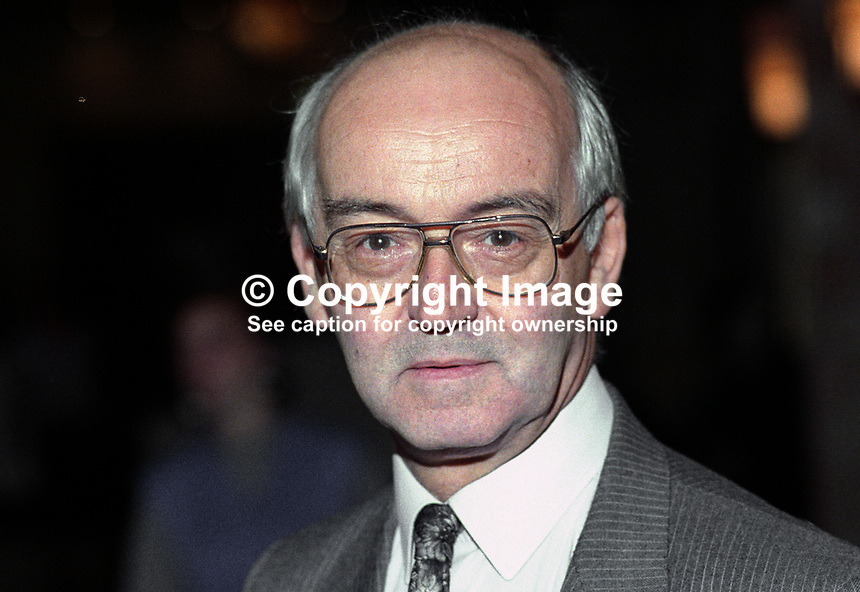 Harry Barnes, MP, Labour Party, UK, taken annual conference, October 1992, 19921012HB..Copyright Image from Victor Patterson, 54 Dorchester Park, Belfast, UK, BT9 6RJ..Tel: +44 28 9066 1296.Mob: +44 7802 353836.Voicemail +44 20 8816 7153.Skype: victorpattersonbelfast.Email: victorpatterson@me.com.Email: victorpatterson@ireland.com (back-up)..IMPORTANT: If you wish to use this image or any other of my images please go to www.victorpatterson.com and click on the Terms & Conditions. Then contact me by email or phone with the reference number(s) of the image(s) concerned.