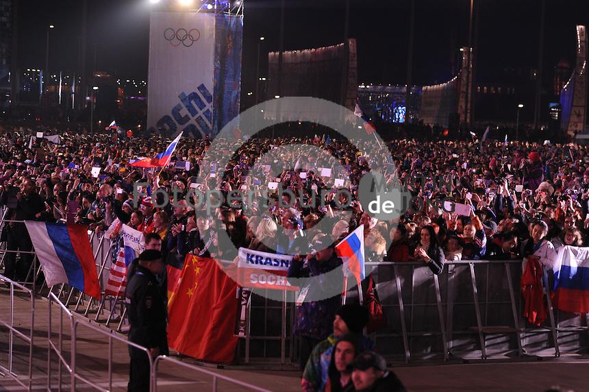 OLYMPICS: SOCHI: Medal Plaza, 13-02-2014, medaille uitreiking, ©foto Martin de Jong