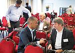 ZANDVOORT - GOLF -Jim van Heuven van Steareling (l) van de PGA met Steve Isaac (R&A). DTRF (Dutch Turfgrass Research Foundation)  congres. COPYRIGHT KOEN SUYK