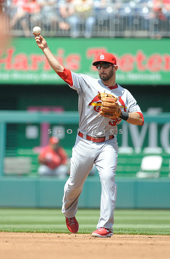 St. Louis Cardinals Daniel Descalso (33) during a game against the Washington Nationals on April 24, 2013 at Nationals Park in Washington DC. The Cardinals beat the Nationals 4-2.