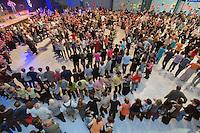 A sSaint-Brieuc, les fest-noz comptent couramment plus de 1000 danseurs.Gavotte