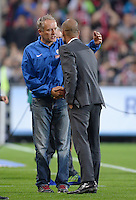 Fussball  1. Bundesliga  Saison 2013/2014  4. Spieltag SC Freiburg - FC Bayern Muenchen        27.08.2013 Trainer Pep Guardiola (re, FC Bayern Muenchen) gratuliert Trainer Christian Streich (SC Freiburg) zum Punktgewinn