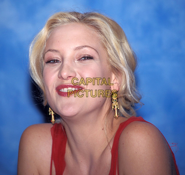 KATE HUDSON.earrings, smiling.www.capitalpictures.com.sales@capitalpictures.com.© Capital Pictures