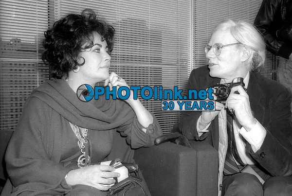 Elizabeth Taylor Andy Warhol 1978<br /> Photo By Adam Scull/PHOTOlink.net