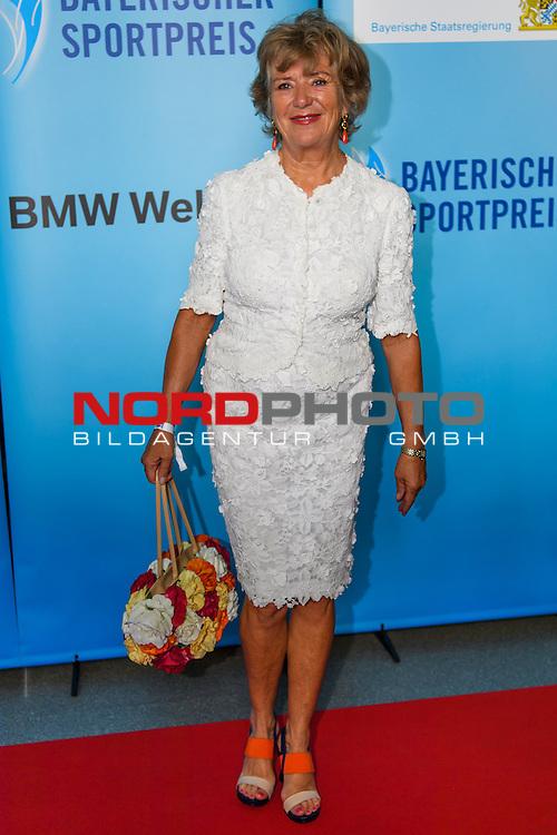 16.07.2016, BMW Welt, Muenchen, GER, Bayerische Sportpreis 2016, im Bild Jutta Speidel <br /> <br />  Foto &copy; nordphoto / Straubmeier