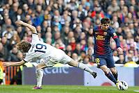 MADRI, ESPANHA, 02 MARÇO 2013 - CAMPEONATO ESPANHOL - REAL MADRID X BARCELONA - Lionel Messi (D)  jogador do Barcelona em partida contra o Real Madrid em partida pela 26 rodada do Campeonato Espanhol, neste sabado, 02. (FOTO: ALEX CID-FUENTES / ALFAQUI / BRAZIL PHOTO PRESS).