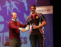 Pictured: Wales. Saturday 07 March 2015<br /> Re: YFC (CFfI) National Federation of Young farmers' Clubs, Entertainment Feast, welsh language pantomimes at the Grand Theatre, Swansea, south Wales. Saturday 09 March 2015