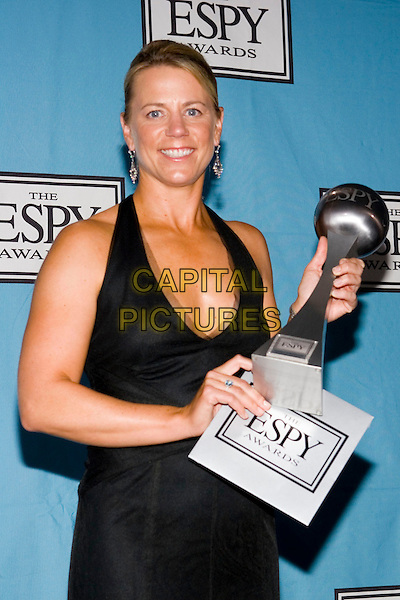 ANNIKA SORENSTAM.At the 13th Annual ESPY Awards Arrivals .held at the Kodak Theatre, Hollywood, .California, USA, July 13th 2005..half length trophy .Ref: ADM.www.capitalpictures.com.sales@capitalpictures.com.©Zach Lipp/AdMedia/Capital Pictures.