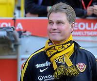 Fussball, 2. Bundesliga, Saison 2011/12, SG Dynamo Dresden - FC Erzgebirge Aue, Sonntag (21.11.11), gluecksgas Stadion, Dresden. Dresdens Trainer Ralf Loose.