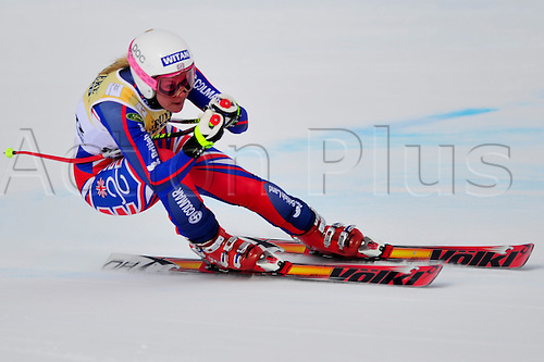 January 30, 2010: Chemmy Alcott of the UK during the downhill portion of the Women's FIS Ski World Cup race in St. Moritz, Switzerland. Photo: CalSports/Actionplus - Editorial Use.