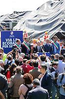 Inizio rimozione Ecoballe dal sito di Taverna del re a Giugliano di Napoli, <br /> il presidente della regione Campania Vincenzo De Luca <br /> da inizio ai Lavori di trasferimento