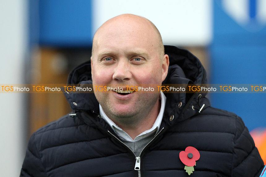 Manager of Oxford City Mark Jones during Colchester United vs Oxford City, Emirates FA Cup Football at the Weston Homes Community Stadium on 4th November 2017