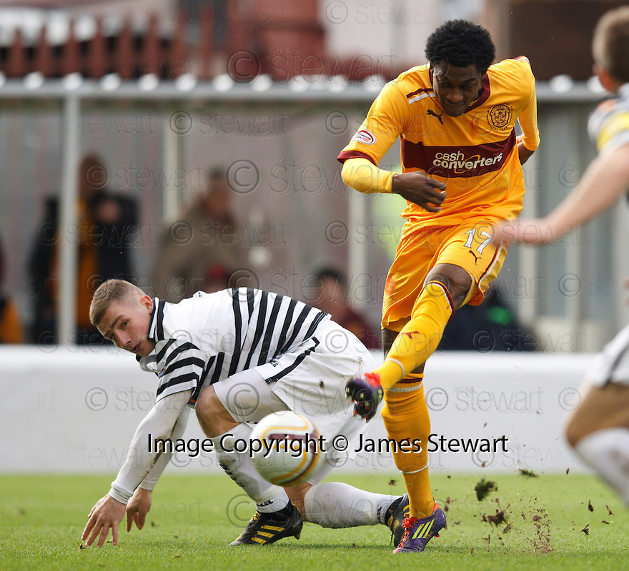 MOTHERWELL'S OMAR DALEY SCORES MOTHERWELL'S FIRST GOAL..07/01/2012 sct_jsp003_motherwell_v_queens_park     .Copyright  Pic : James Stewart.James Stewart Photography 19 Carronlea Drive, Falkirk. FK2 8DN      Vat Reg No. 607 6932 25.Telephone      : +44 (0)1324 570291 .Mobile              : +44 (0)7721 416997.E-mail  :  jim@jspa.co.uk.If you require further information then contact Jim Stewart on any of the numbers above.........