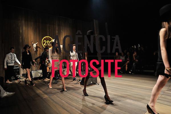 Rio de Janeiro, Brasil – 25/05/2012 - Desfile de 2nd Floor durante o Fashion Rio  - Verao 2013. Foto : Chris von Ameln / Agência Fotosite