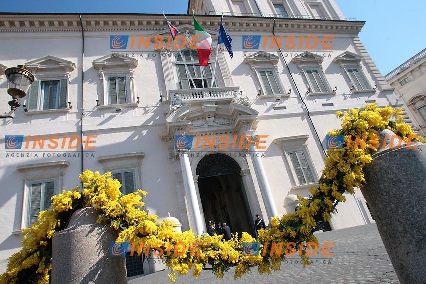 .Roma 08/03/2012 Nel giorno della festa della donna il quirinale viene addobbato con della mimosa..Photo Samantha Zucchi Insidefoto