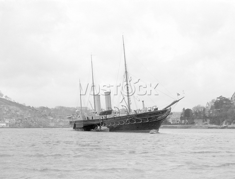 The Royal Yacht , Victoria and Albert II<br /> Early 1900s