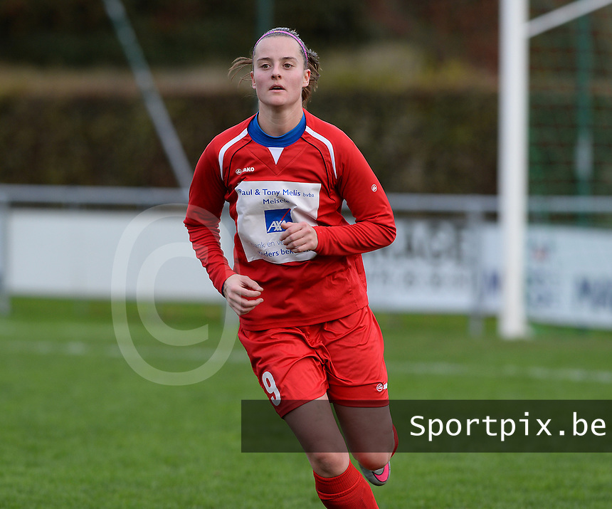 20151128 - PITTEM , BELGIUM : Rebecca Degenaers pictured during a soccer match between the women teams of DVK Egem Ladies and KVK Svelta Melsele  , during the eleventh matchday in the Second League - Tweede Nationale season, Saturday 28 November 2015 . PHOTO DAVID CATRY