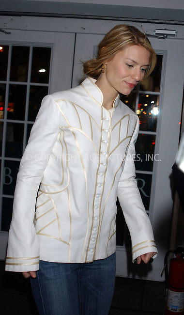 WWW.ACEPIXS.COM . . . . . ....NEW YORK, FEBRUARY 10, 2005....Claire Danes arrives for the Zac Posen Fall 2005 show.....Please byline: KRISTIN CALLAHAN - ACE PICTURES.. . . . . . ..Ace Pictures, Inc:  ..Philip Vaughan (646) 769-0430..e-mail: info@acepixs.com..web: http://www.acepixs.com