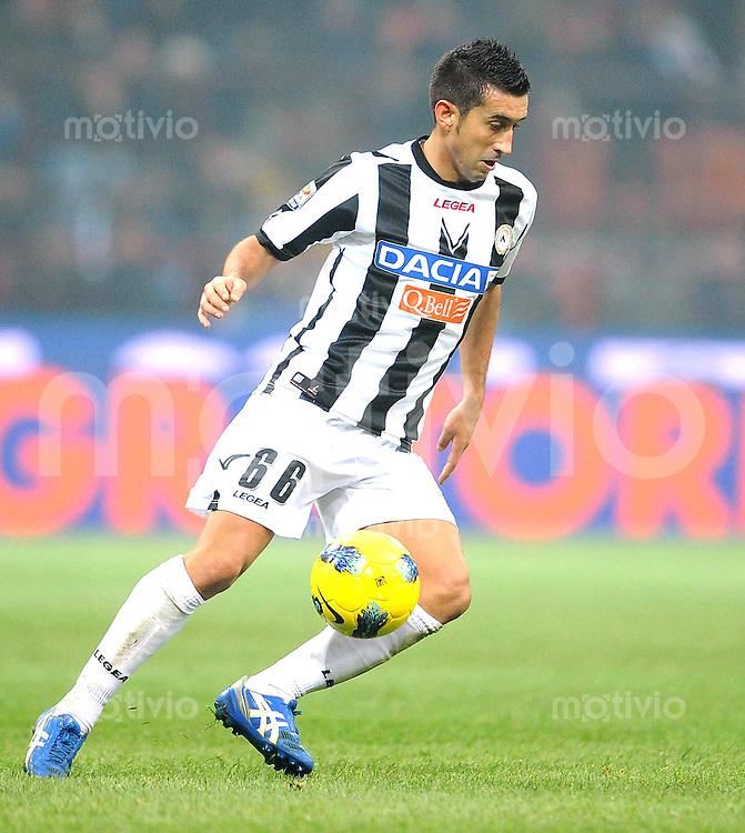 FUSSBALL INTERNATIONAL   SERIE A   SAISON 2011/2012    Inter Mailand - Udinese Calcio   03.12.2011 Giampiero Pinzi  (Udinese Calcio)