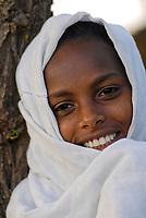 ETHIOPIA Lalibela, girl with white scarf/ AETHIOPIEN Lalibela, Maedchen mit weissem Schal