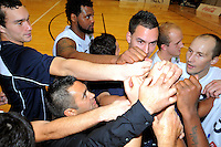 The Giants celebrate victory. NBL - Wellington Saints v Nelson Giants at TSB Bank Arena, Wellington, New Zealand on Thursday, 19 May 2011. Photo: Dave Lintott / lintottphoto.co.nz
