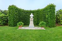 France, Indre-et-Loire (37), Amboise, château d'Amboise, buste de Léonard de Vinci