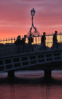 31/10/2008.Members of the public pass the Ha'penny bridge, Dublin..Photo: Gareth Chaney Collins