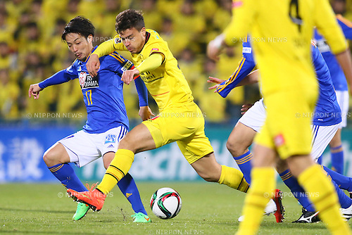 (L-R)<br /> Shingo Tomita (Vegalta),<br /> Cristiano (Reysol),<br /> MARCH 13, 2015 - Football / Soccer : <br /> 2015 J1 League 1st stage match between<br /> Kashiwa Reysol 1-1 Vegalta Sendai<br /> at Hitachi Kashiwa Stadium in Chiba, Japan.<br /> (Photo by Shingo Ito/AFLO SPORT)
