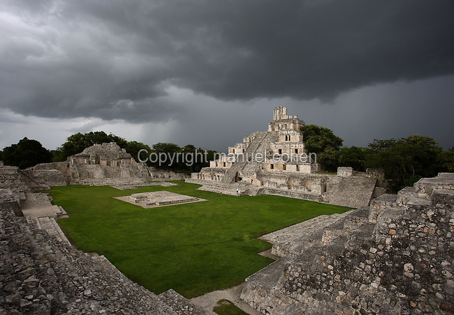 Great Acropolis, square base 530 feet wide and 25 feet high, with the Five-Floor Building rising from the summit and the Northwest Temple in the distance, Puuc architectural style, Late Classic Period, 600 - 900 AD, Edzna, Campeche, Mexico. Picture by Manuel Cohen