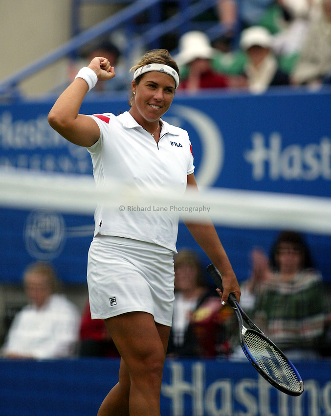 Photograph: Scott Heavey..Hastings Direct International Championships at Eastbourne. 19/06/2003..Jennifer Capriati