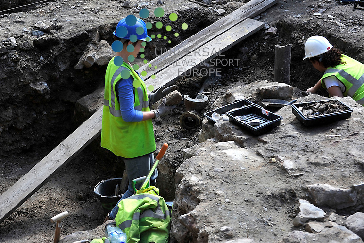 Archaeologists carrying out excavations at the University of Edinburgh hope to uncover the scene of one of history's most notorious unsolved crimes. A team excavating in Old College quadrangle plans to.unearth clues at the site where Henry Stuart, Lord Darnley - the second husband of Mary Queen of Scots - was murdered.<br /> Picture:  Aron Krausz Universal News And Sport (Europe) 12 August 2010 All pictures must be credited to  www.universalnewsandsport.com. (0ffice) 0844 884 51 22.
