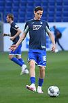 Sebastian Rudy (Hoffenheim) waermt sich auf.<br /> <br /> Sport: Fussball: 1. Bundesliga: Saison 19/20: 28. Spieltag: TSG 1899 Hoffenheim - 1. FC Koeln, 27.05.2020<br /> <br /> Foto: Markus Gilliar/GES/POOL/PIX-Sportfotos.<br /> <br /> Nur für journalistische Zwecke! Only for editorial use!<br /> <br /> Gemäß den Vorgaben der DFL Deutsche Fußball Liga ist es untersagt, in dem Stadion und/oder vom Spiel angefertigte Fotoaufnahmen in Form von Sequenzbildern und/oder videoähnlichen Fotostrecken zu verwerten bzw. verwerten zu lassen. DFL regulations prohibit any use of photographs as image sequences and/or quasi-video.