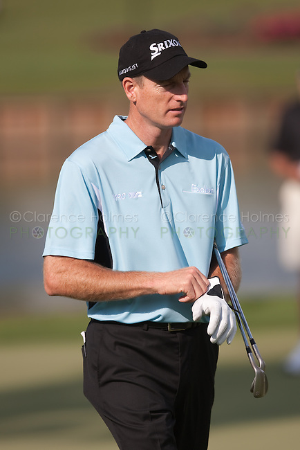 PONTE VEDRA BEACH, FL - MAY 6: Jim Furyk leaves the 16th green during his practice round on Wednesday, May 6, 2009 for the Players Championship, beginning on Thursday, at TPC Sawgrass in Ponte Vedra Beach, Florida.